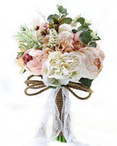 Aranjamentele cu flori artificiale pot face minuni la orice nunta. Cateva sfaturi importante daca vreti sa aveti aranjamente florale nunta deosebite